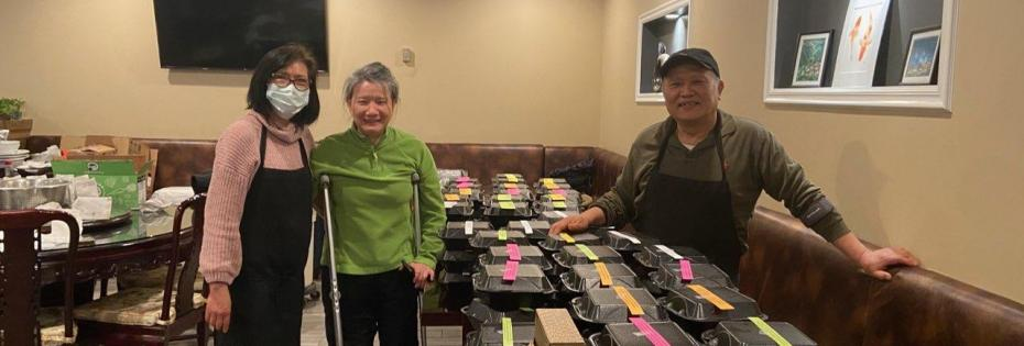 本會陳中興理事(阿兵哥中餐廳)於一月七日以實際行動支持 Atlanta Mission活動,捐贈盒餐150份與My Sister House.<NOCONTENT>